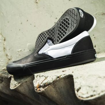 VANS x CULT SLIP ON PRO BLACK